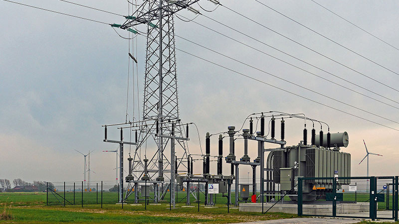 (Very) Early Competition in Onshore Electricity Transmission Networks